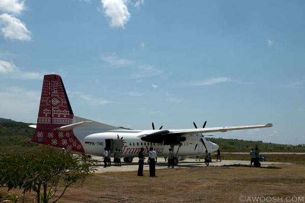 Awoosh.Wakatobi.Plane